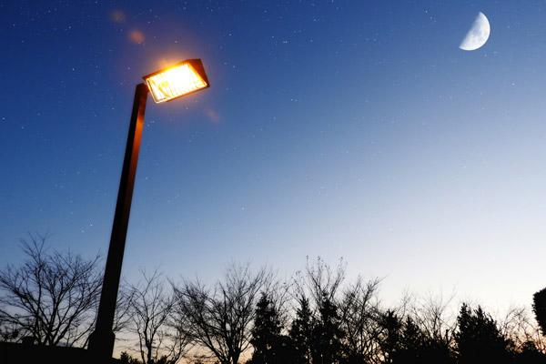 街灯・誘導灯